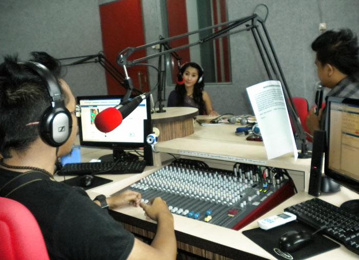 Main Mata di Nagaswara FM