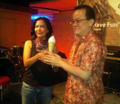 Launching Album Oppie Andaresta live FX & Nagaswara FM