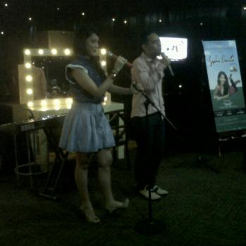 Launching Sophie Navita, live di NagaswaraFM