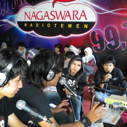 SOUQY, Phoner & Live Interview di Nagaswara FM