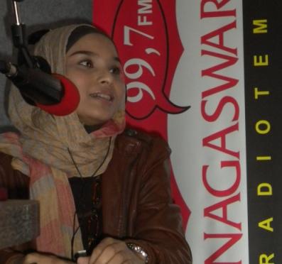 Inarovi Phoner dan Live Interview di Nagaswara FM
