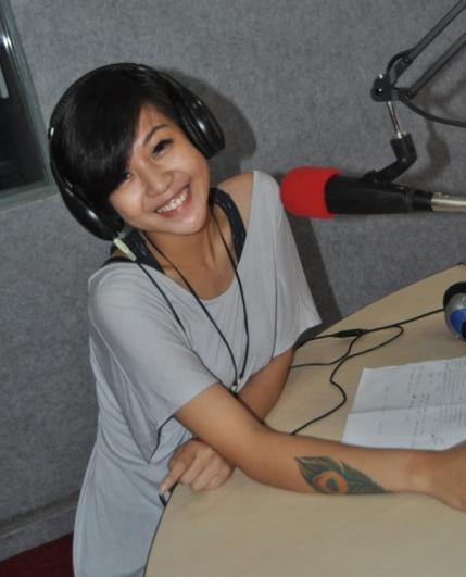 Melissa Pratiwi Cari Gara Gara di Nagaswara FM