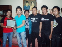 Shio Band Bagi-bagi Sembako