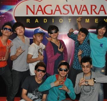 Super 9 Boyz (S9B), ACDC Aha-Ehe di Nagaswara FM