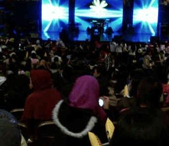Konser Merpati di Hongkong Belangsung Sukses