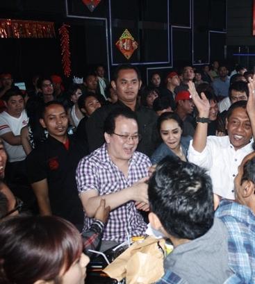 Rahayu Kertawiguna Rayakan Ultah ke 47 di Golden Crown Jakarta
