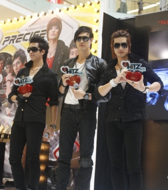 HiTZ, Launching Second Single Bareng HiTZone