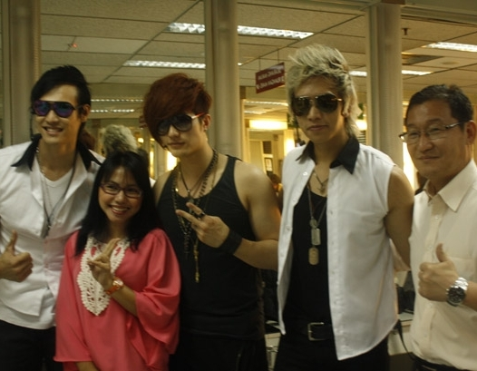 Hitz Segera Beraksi Bersama Boysband Dan Girlsband Korea