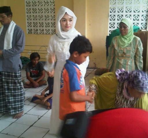Zaskia Rayakan Ultah Bareng Anak Yatim & Kaum Dhuafa