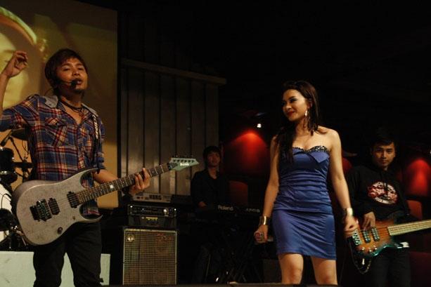 Ika Putri 11 Anniversary Score Citos Jakarta