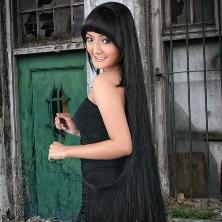 Siti Badriah Nominasi AMI Awards 2012