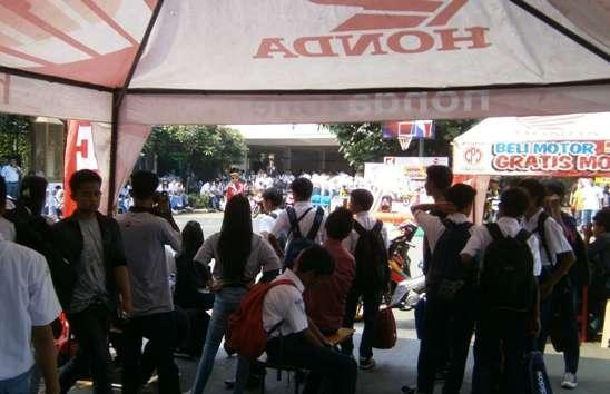 Honda Schoollicious di SMA YPHB Kota Bogor