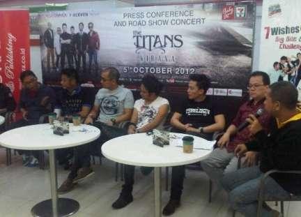 The Titans Launching Album Kirana di Seven Eleven