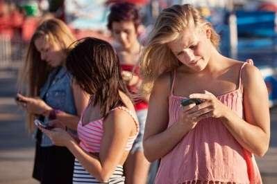 Pengaruh Idola Terhadap Karakter Remaja