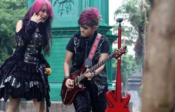 The Virgin Bungkam Serentak Radio Indonesia Malaysia