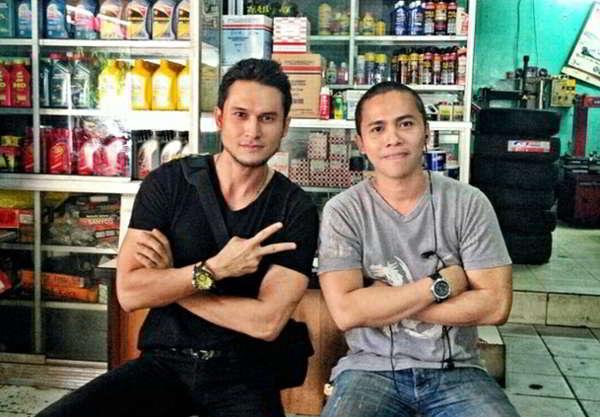 Oki Drumer KK Band Antara Musik dan Bisnis