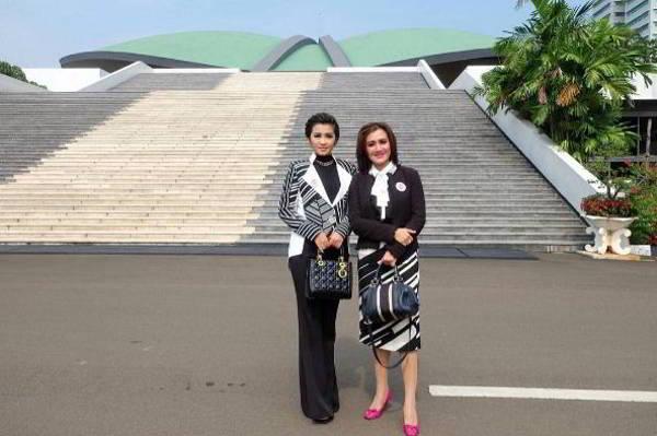 Fitri Carlina Mendukung Undang Undang Kemajuan Kebudayaan Terbaru