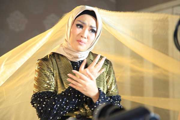 Fitri Carlina Syuting Video Klip Single Religi Taqwa