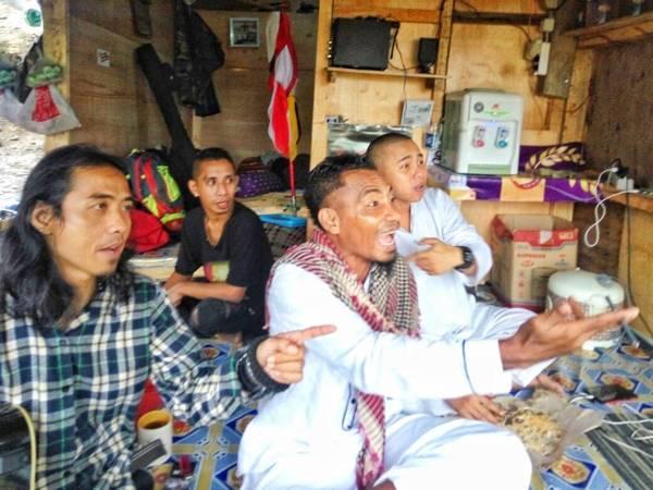 KK Band Rayakan Ulang Tahun Spesial di Curug 7