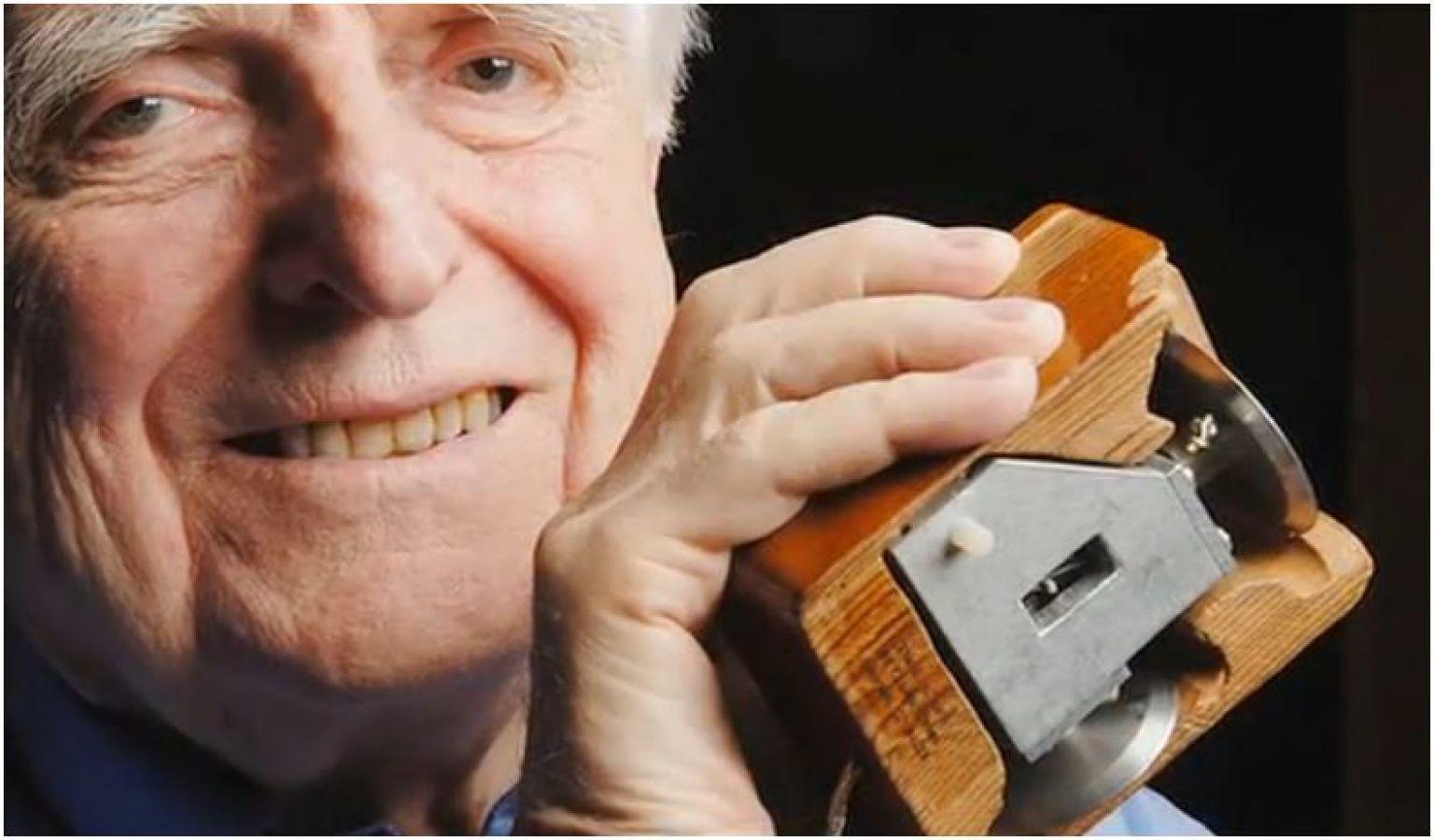 Inilah Mouse Komputer Pertama Didunia, Siapakah Penemunya ?