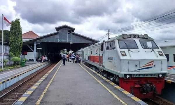 Tips Ampuh Berburu Tiket Kereta Tambahan 2018