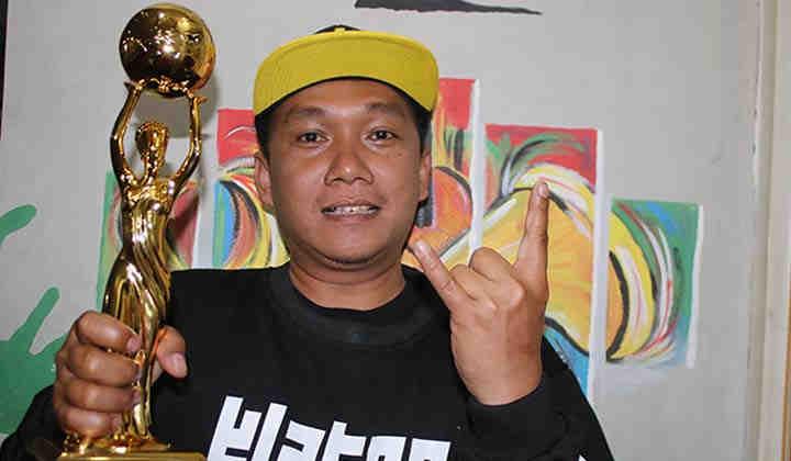 """Lagu """"Lagi Syantik"""" Siti Badriah Akhirnya Mendapatkan Perhargaan IDA 2018"""
